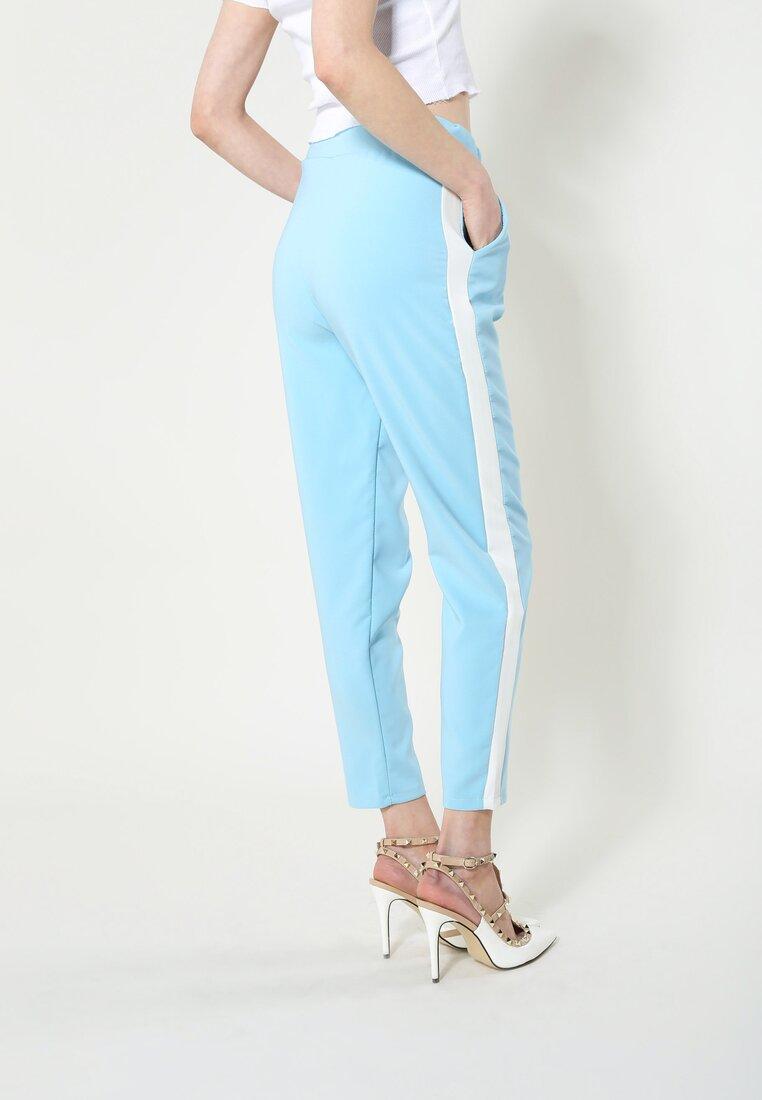 Jasnoniebieskie Spodnie Perfect Look