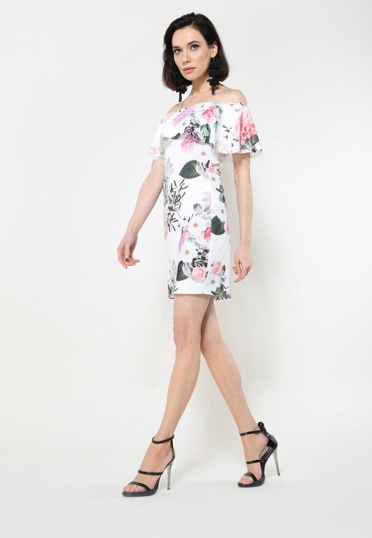 Biała Sukienka One's For You