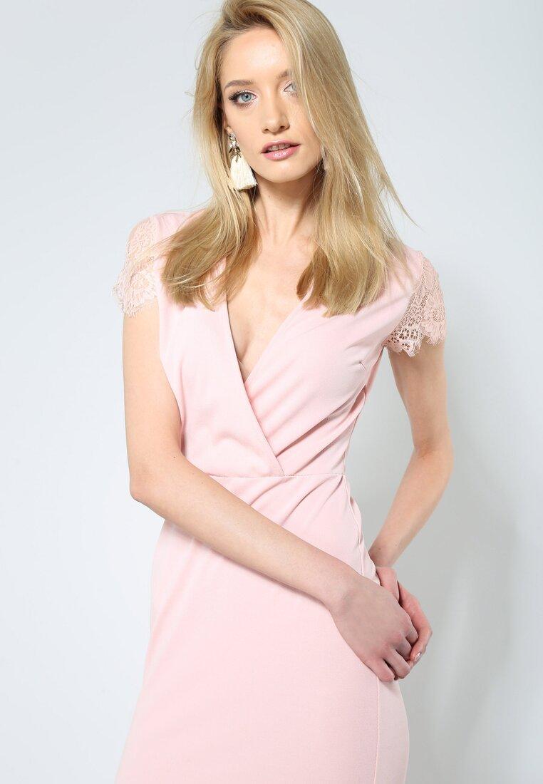 Różowa Sukienka Fantastic