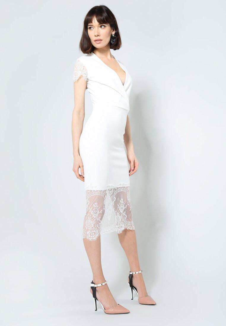 Biała Sukienka Fantastic