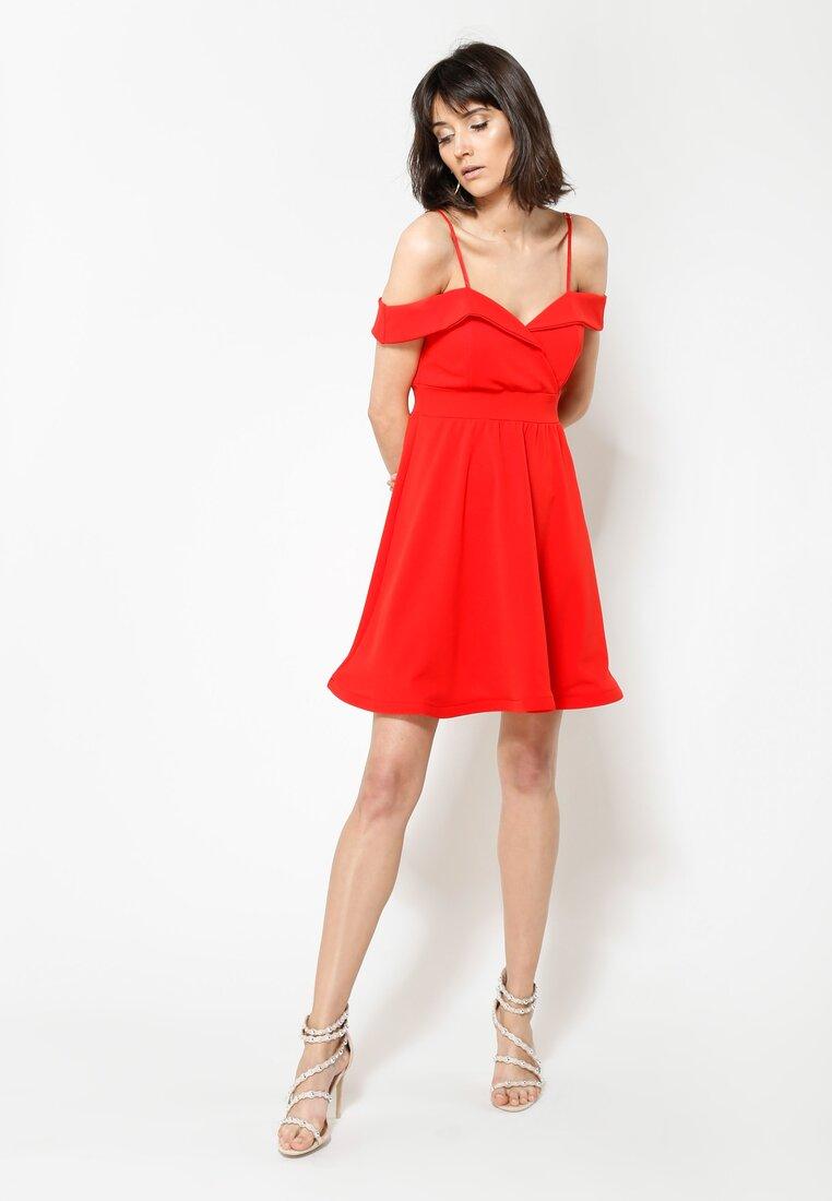 Czerwona Sukienka I'm Looking