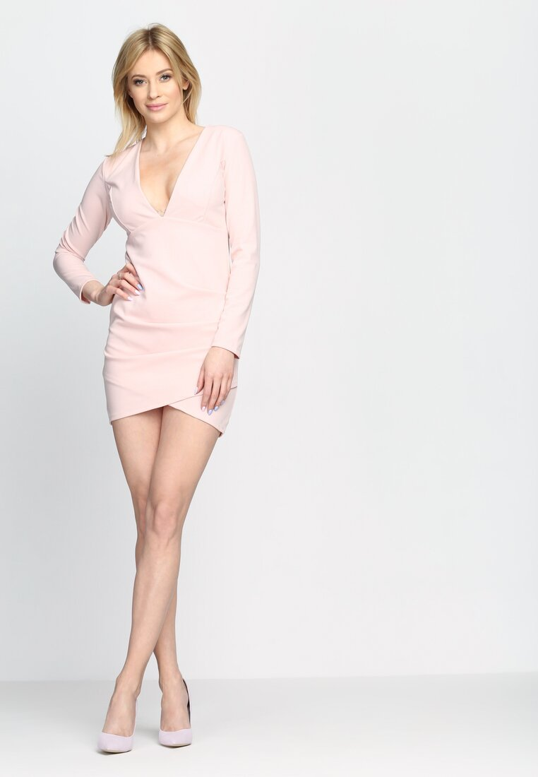 Różowa Sukienka Big V