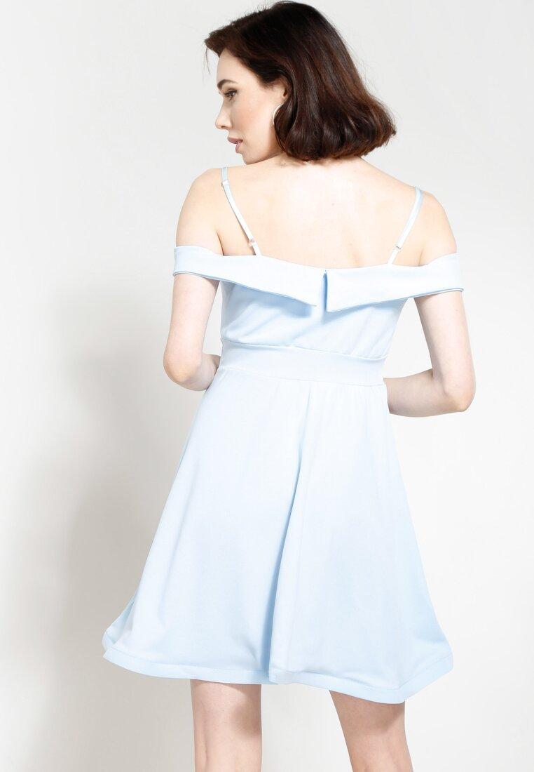 Jasnoniebieska Sukienka I'm Looking