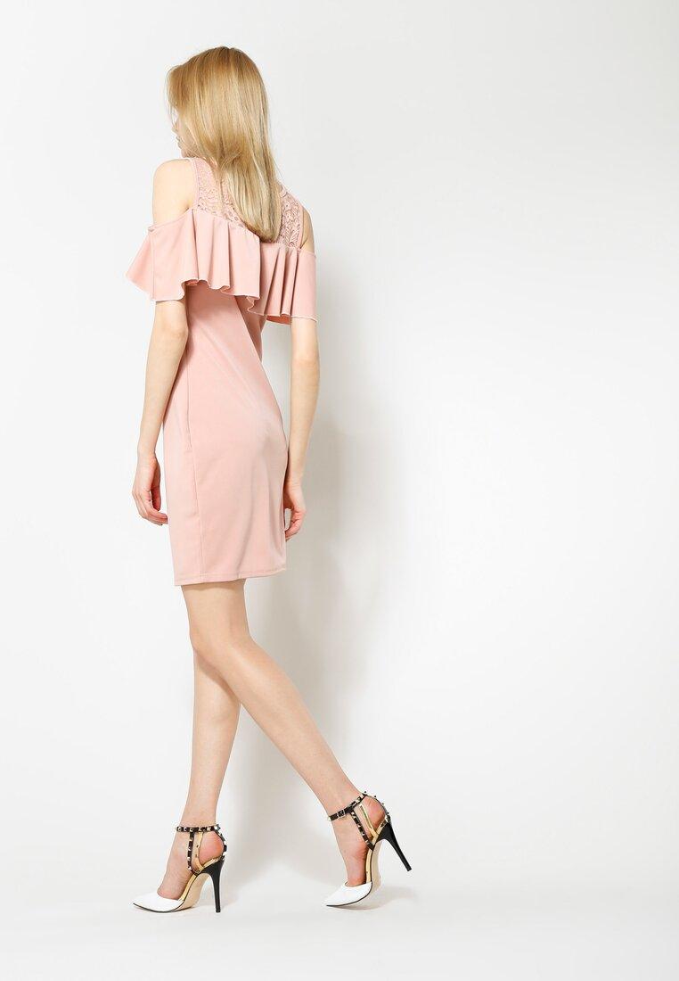 Różowa Sukienka You Gotta Move