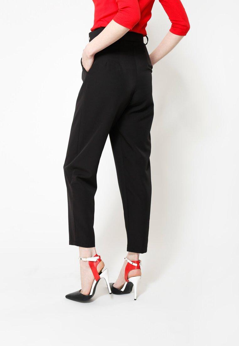 Czarne Spodnie Take My Time