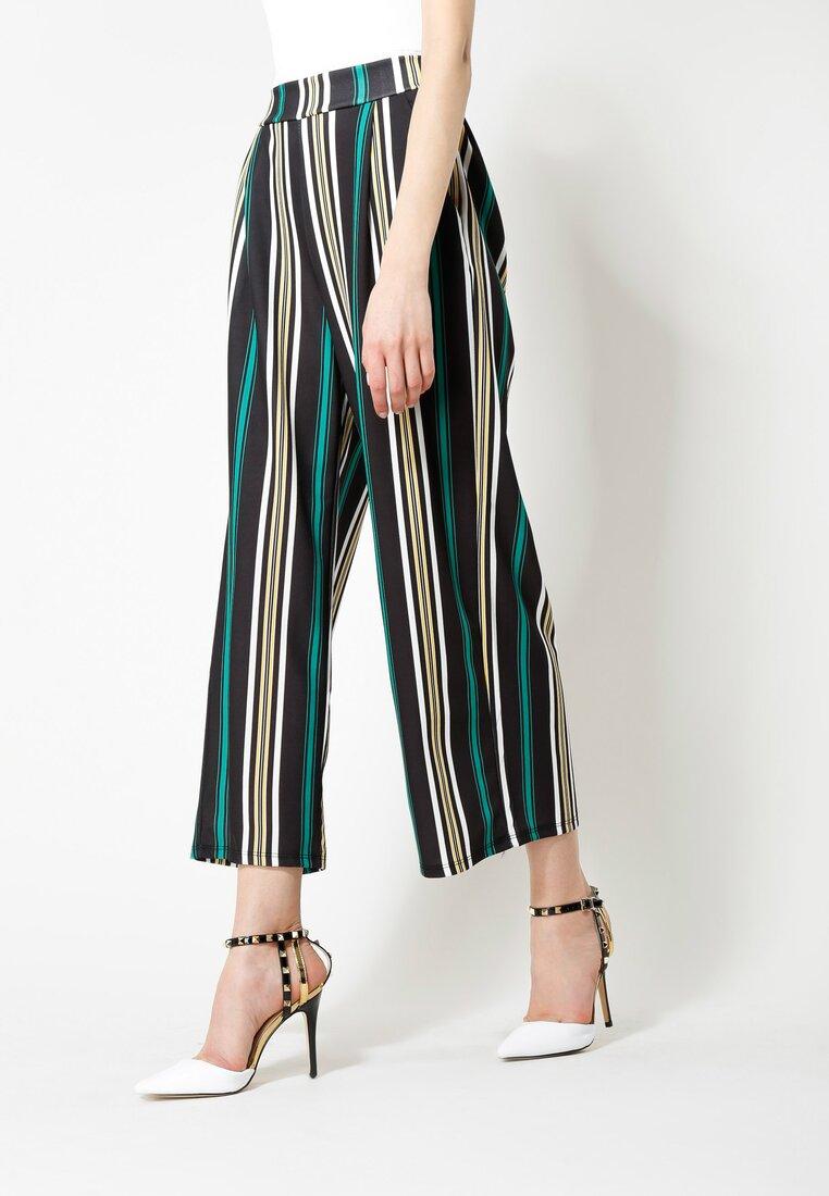 Czarno-Zielone Spodnie Be Satisfied