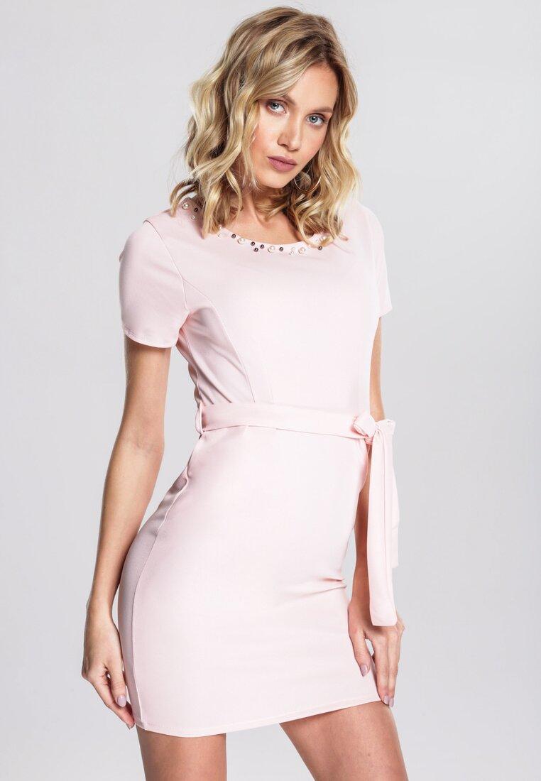 Różowa Sukienka Bring The Beat