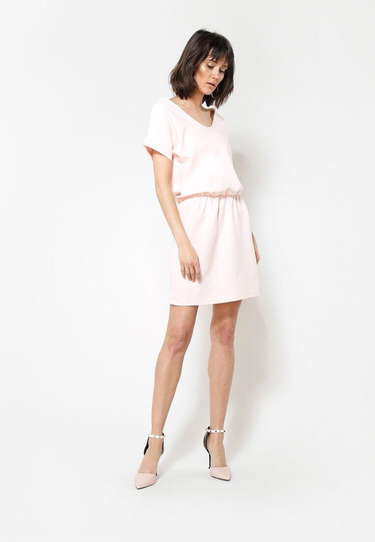 Różowa Sukienka Get It!