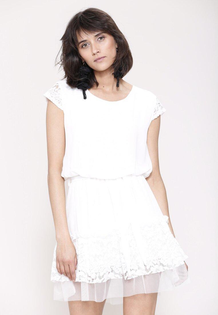 Biała Sukienka Under Pressure