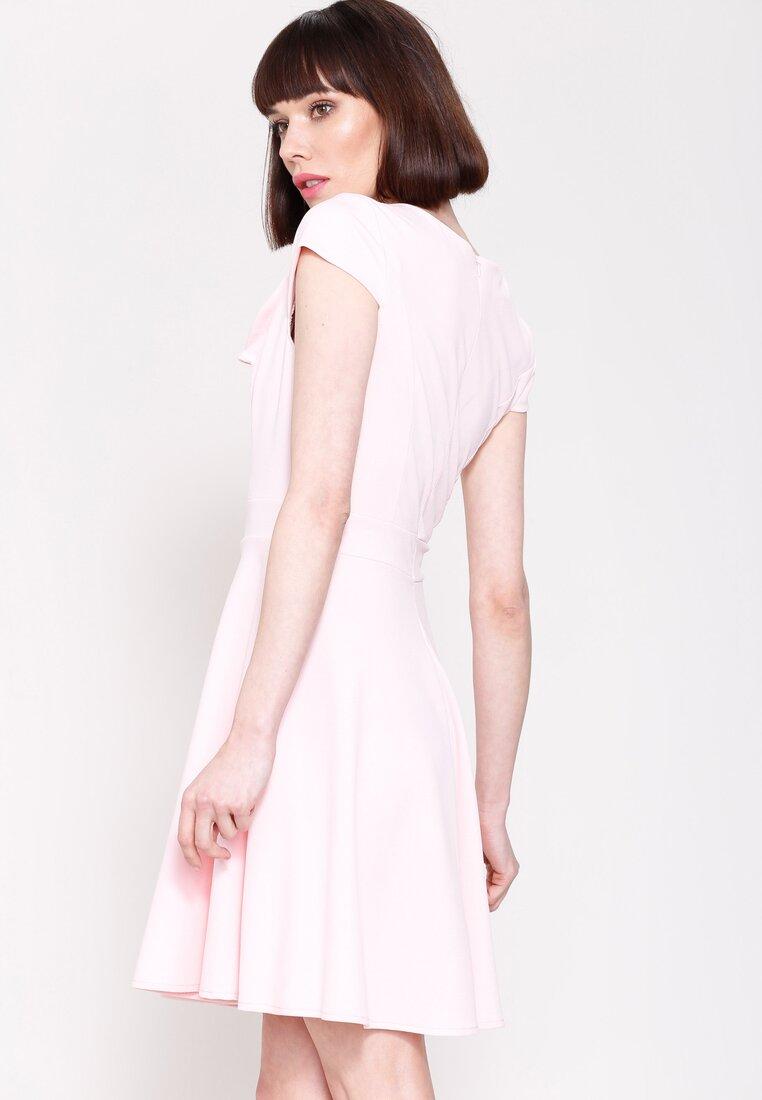 Różowa Sukienka Controlled Love