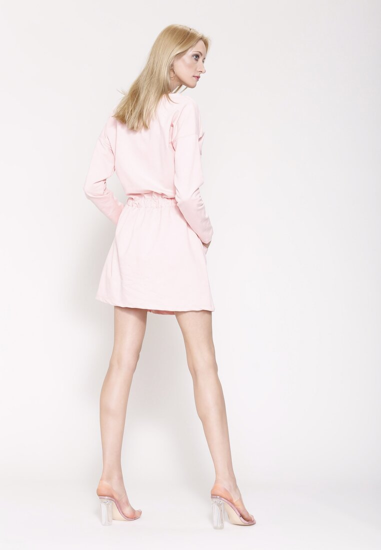 Różowa Sukienka Simple Sentence
