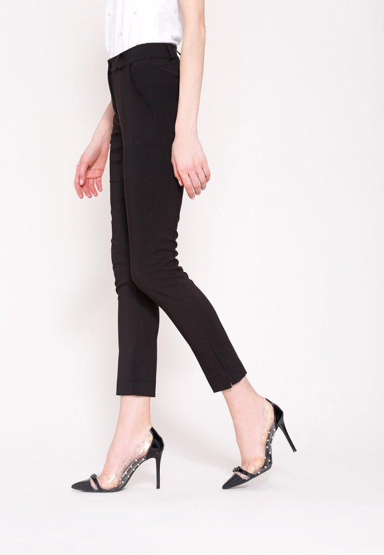 Czarne Spodnie Femininity