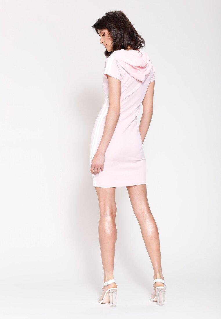 Różowa Sukienka Capture It