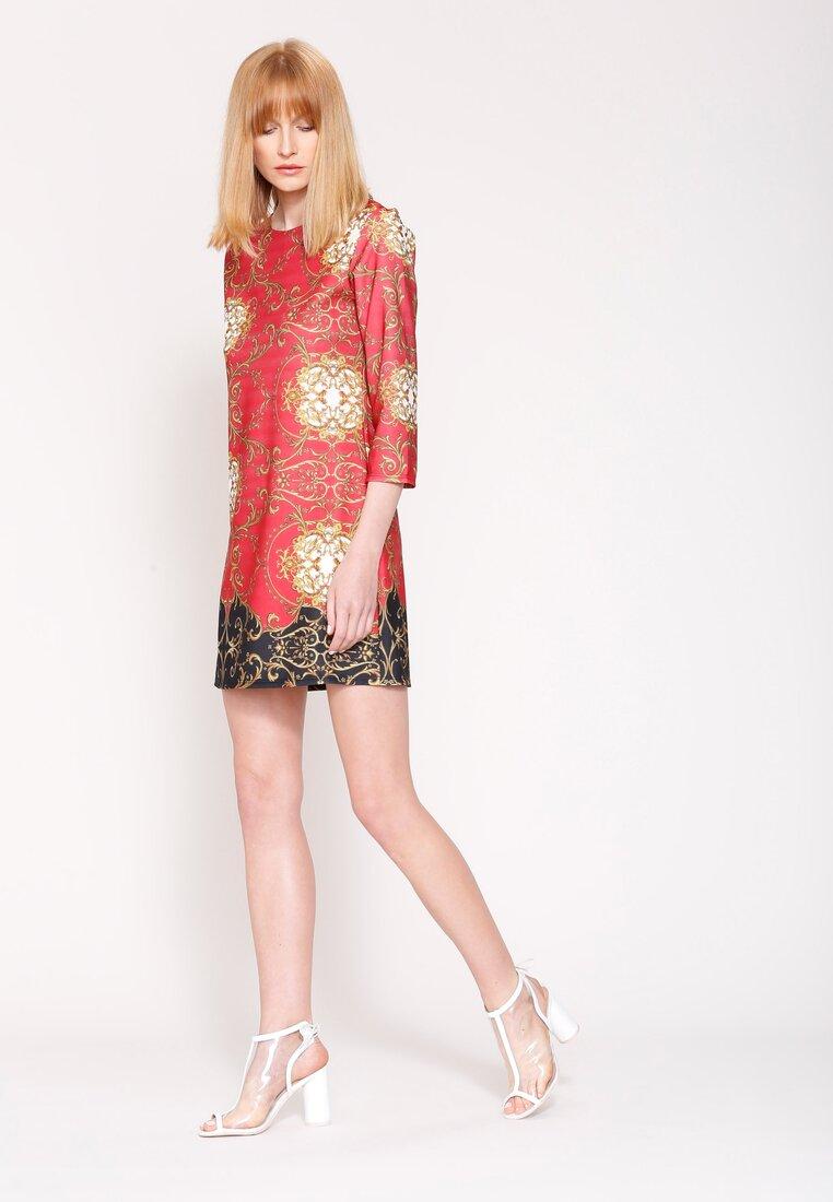 Czerwona Sukienka Mosaic Motiv
