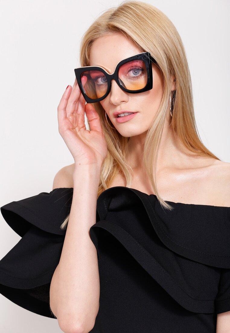 Czarno-Różowe Okulary Almost Unreal