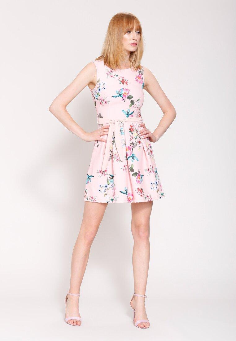 Różowa Sukienka Spring Wind