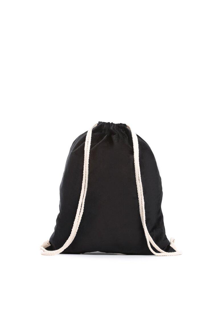 Czarny Plecak On The Stone