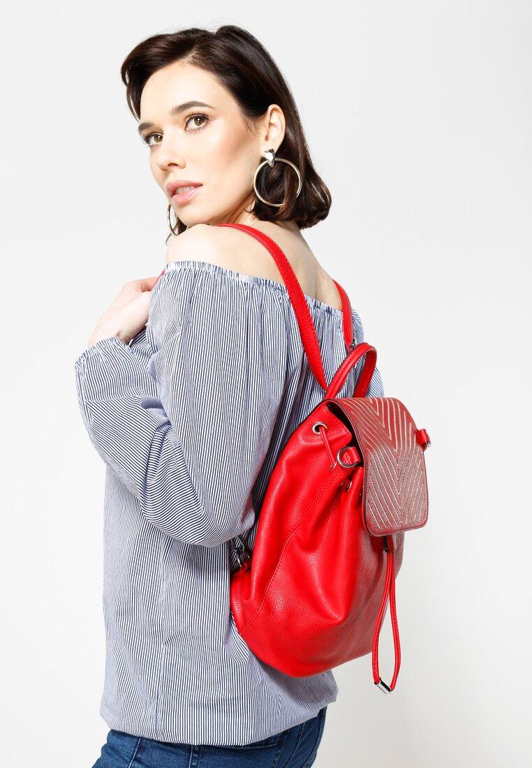 Czerwony Plecak Do We Go