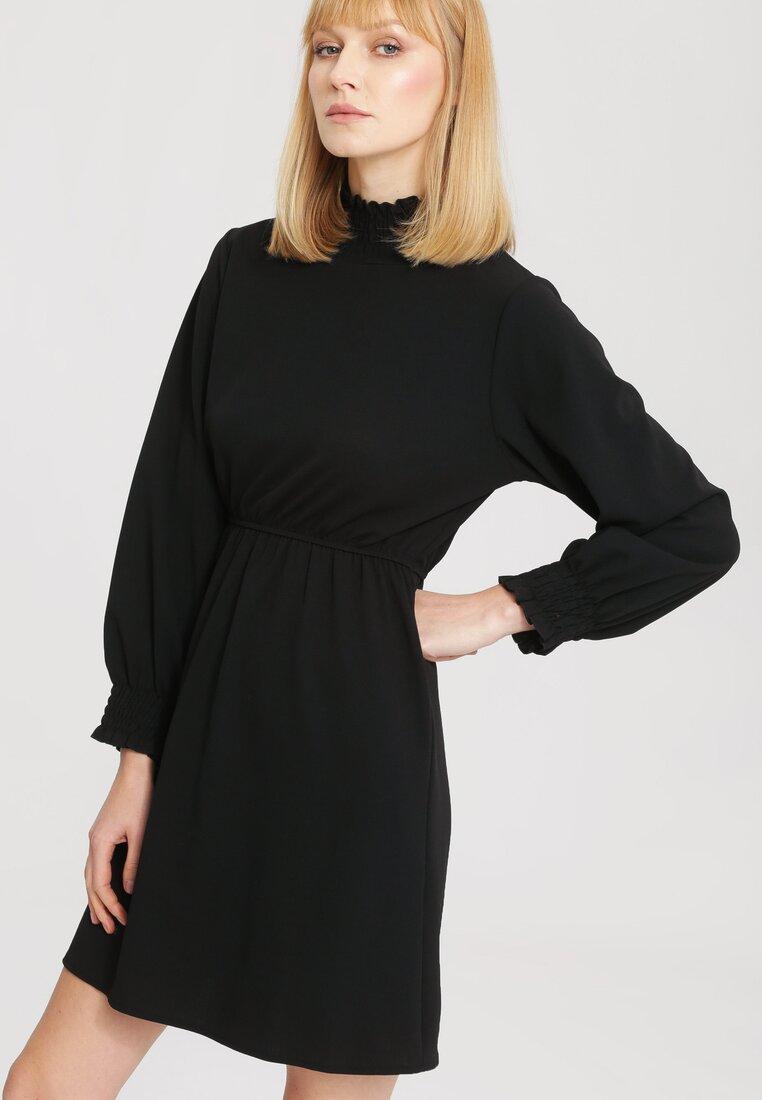Czarna Sukienka Forecast