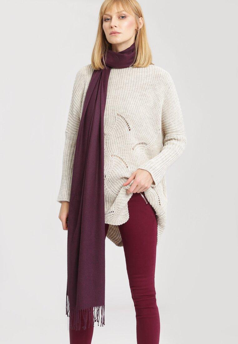 Jasnobeżowy Sweter Take