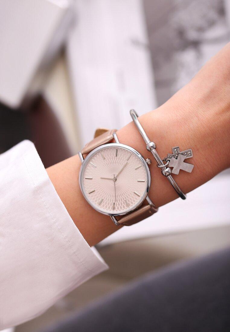 Bwżowy Zegarek Miser