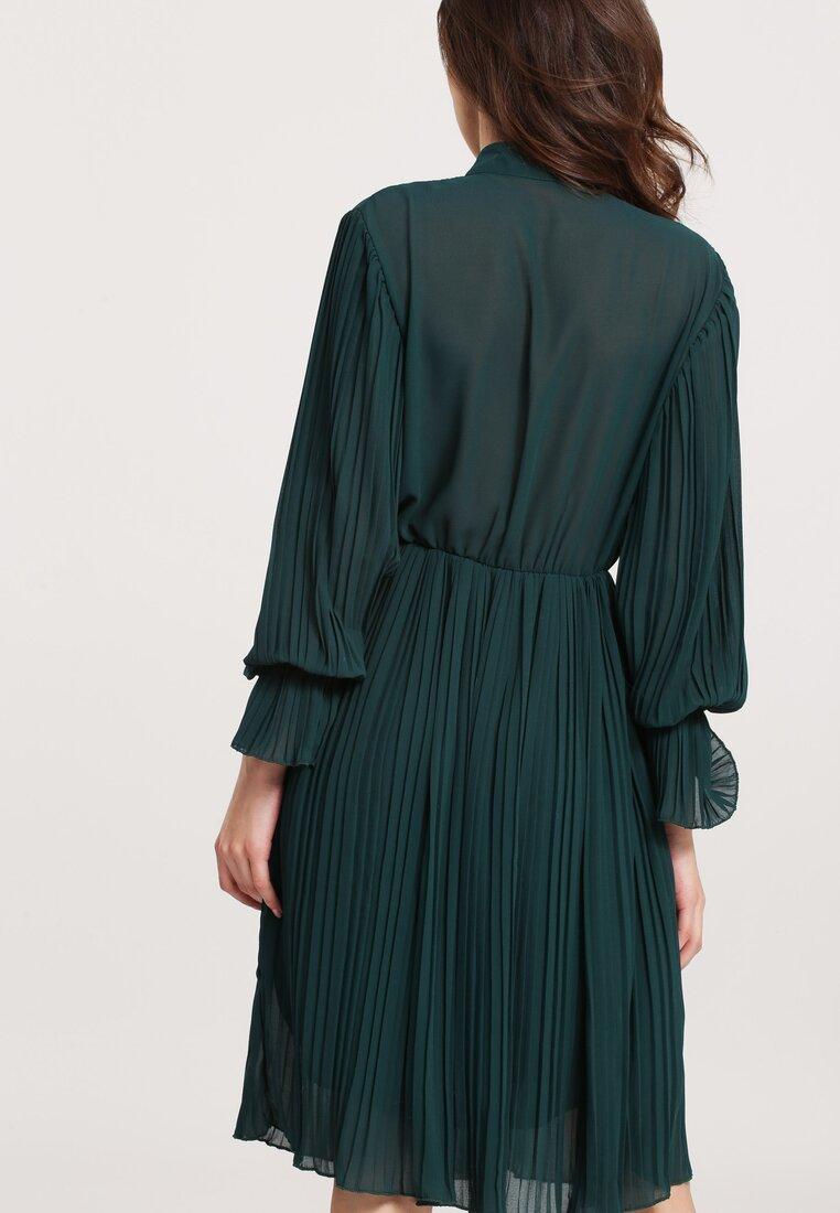 Zielona Sukienka Bottom Line
