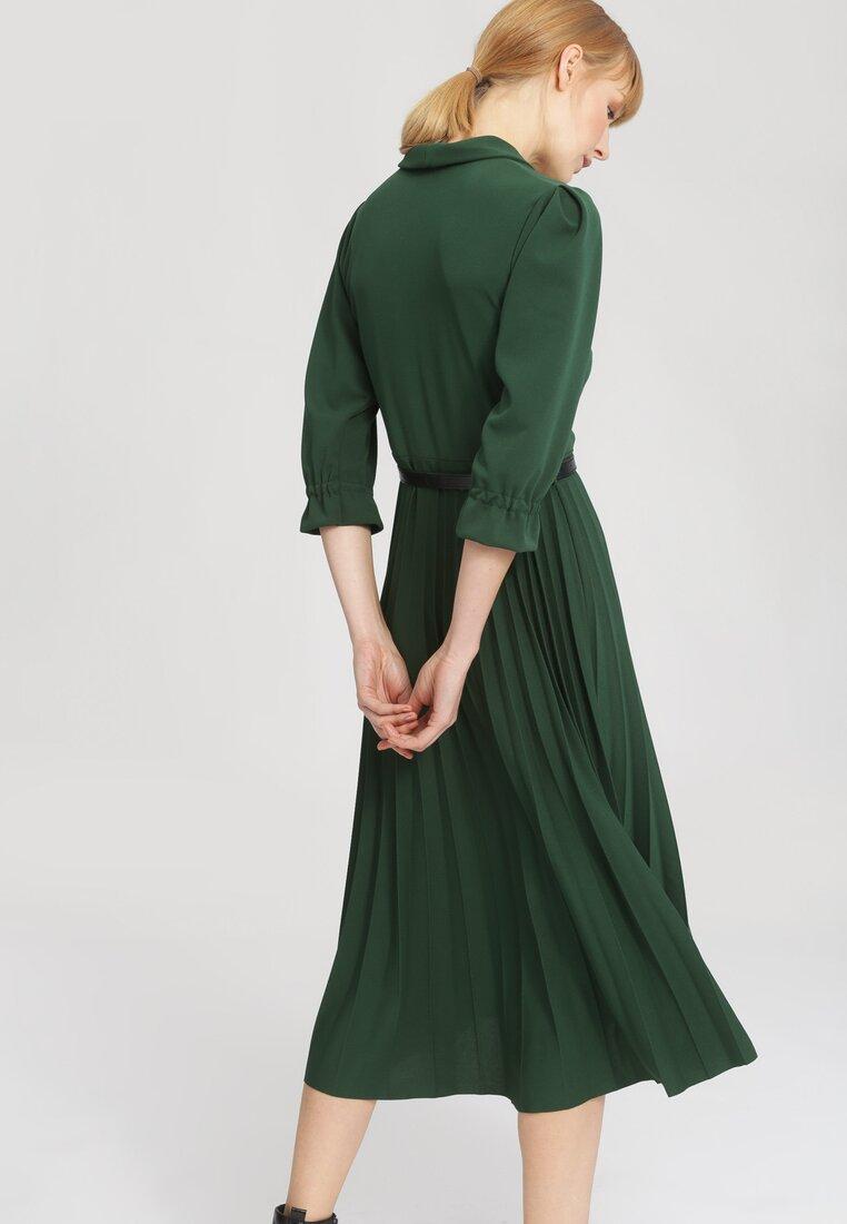 Zielona Sukienka Overtones