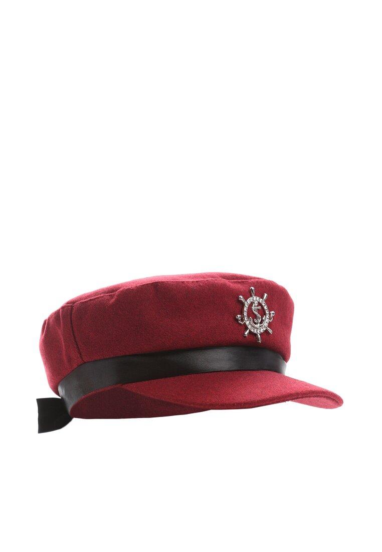 Czerwony Kaszkiet El Capitain