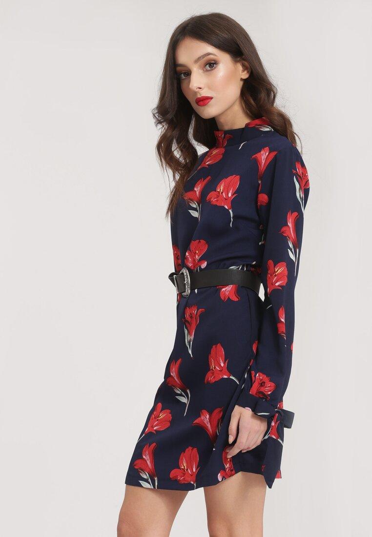 Granatowa Sukienka Cramped