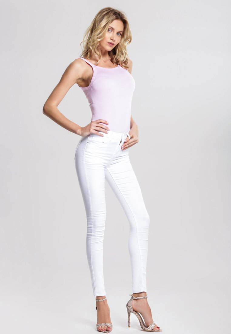 Białe Spodnie Right Moment
