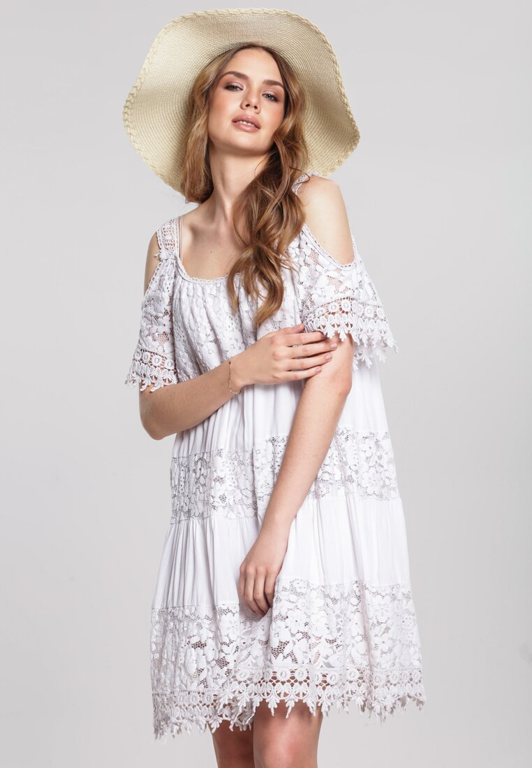 Obraz przedstawiający Beżowa Sukienka Creat