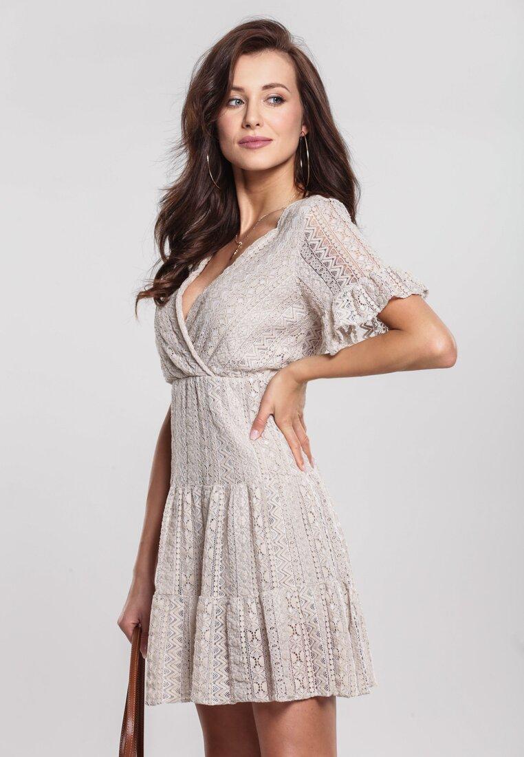 Obraz przedstawiający Beżowa Sukienka Sweetroot