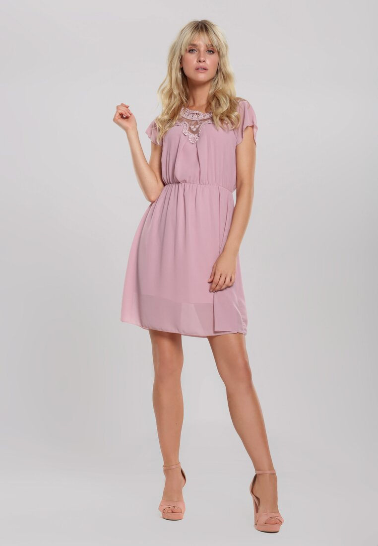 Różowa Sukienka Mart