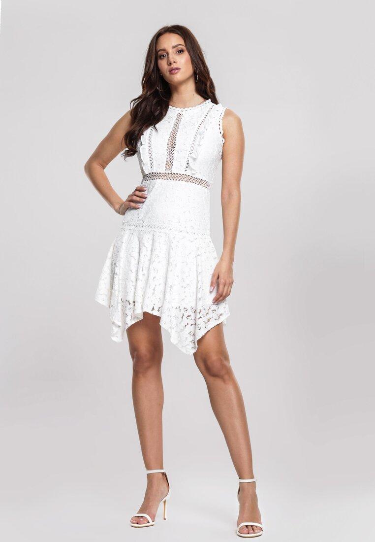 Biała Sukienka Pushful