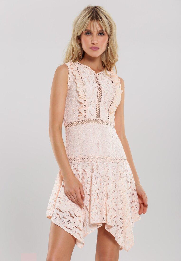 Jasnoróżowa Sukienka Pushful