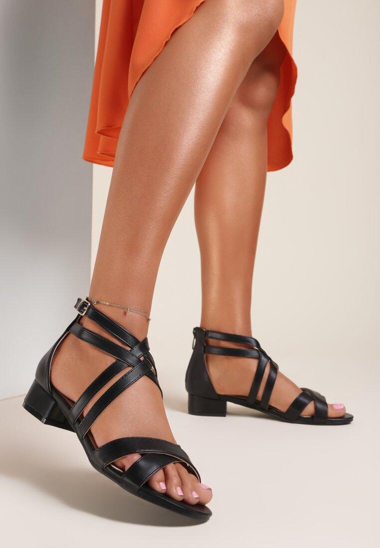 Czarne Sandały Arithea