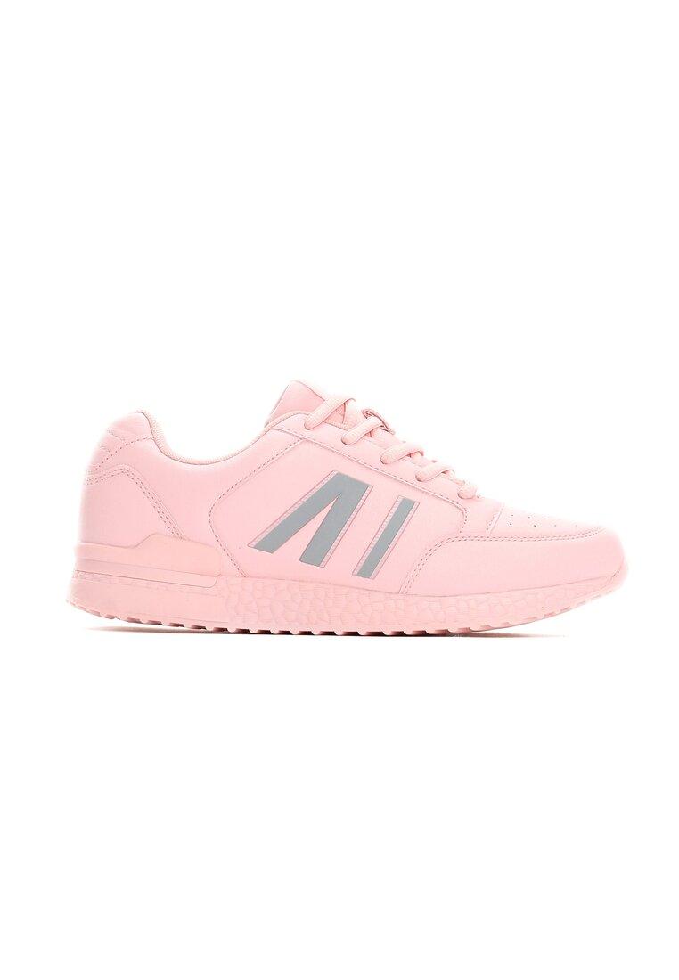 Różowe Buty Sportowe Free Runners