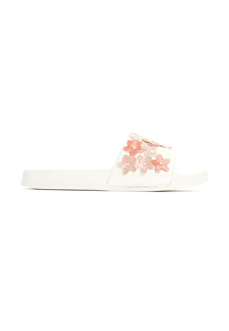 Białe Klapki Flowerpuff
