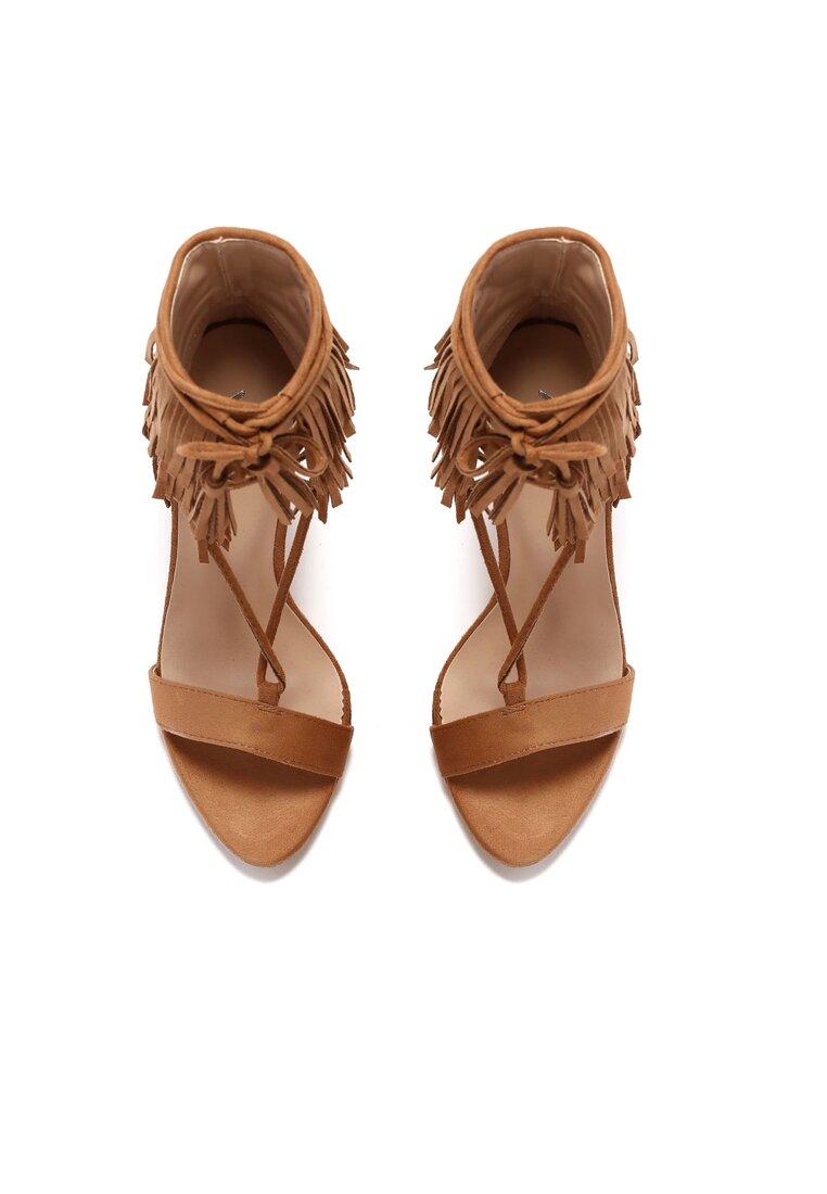 Beżowe Sandały Wild Nair
