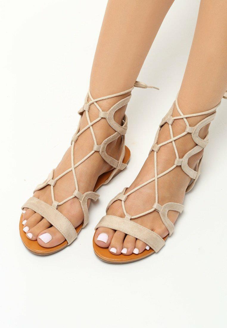 Beżowe Sandały Rolanda
