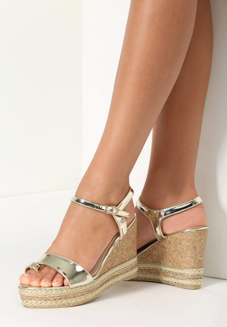 Złote Sandały Shutter
