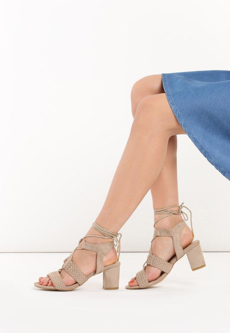 Beżowe Sandały Erva