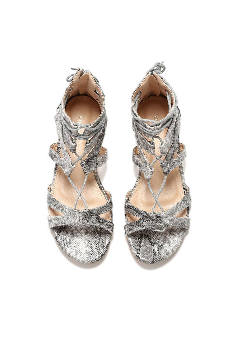 Białe Sandały Canares
