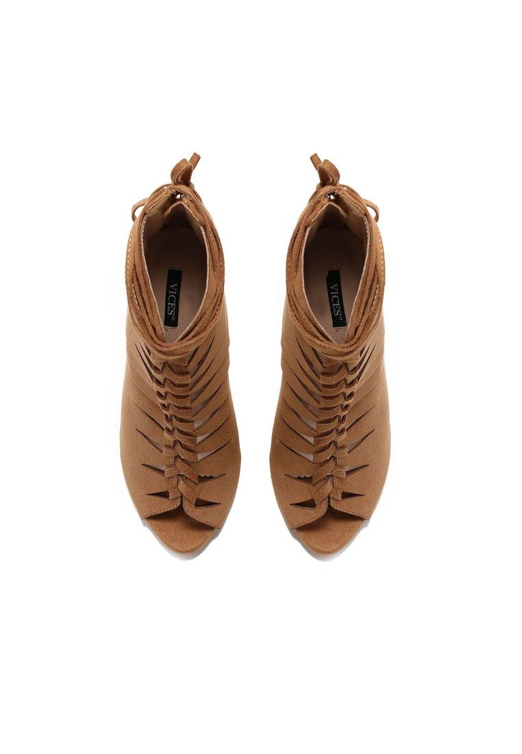 Beżowe Sandały Gia