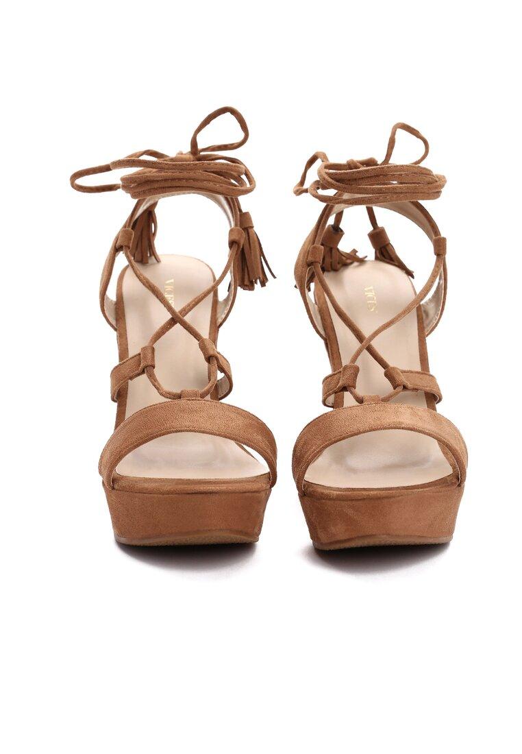 Beżowe Sandały Fly Effect