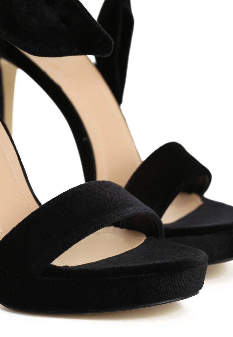 Czarne Sandały Steffi