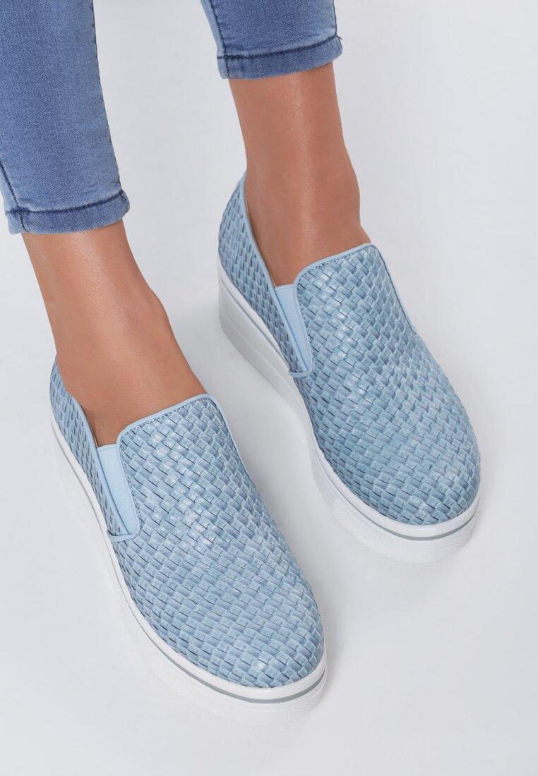 Niebieskie Slip On Nakara