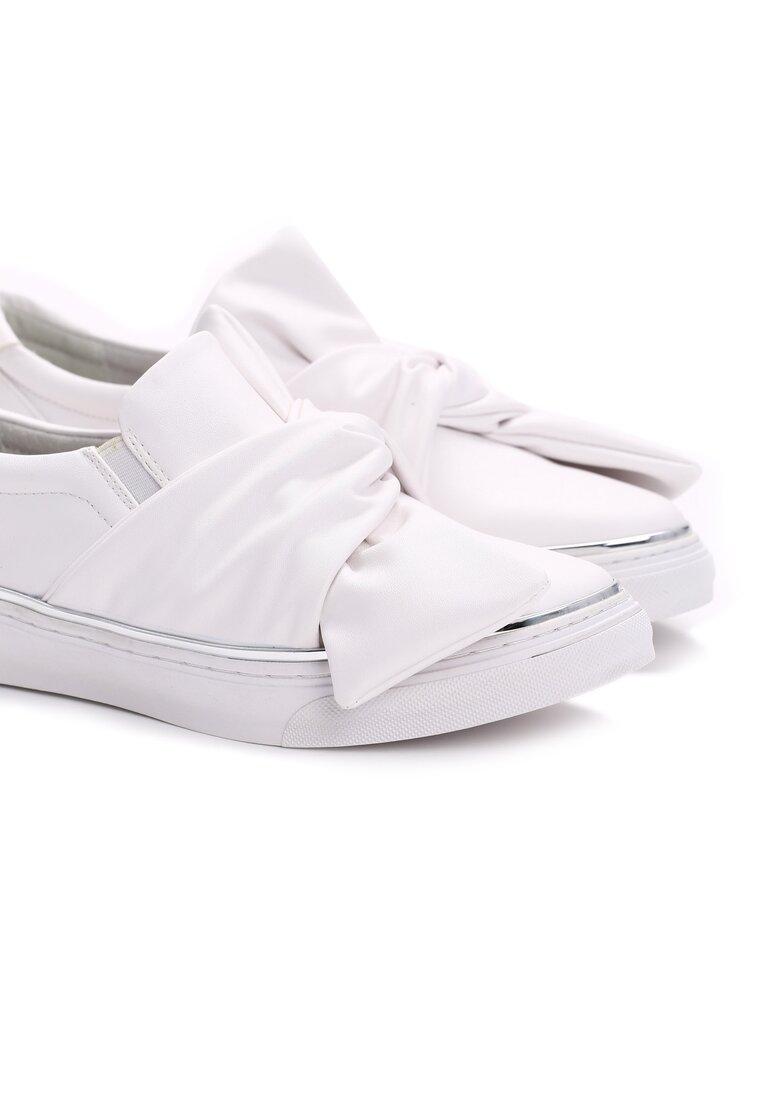 Białe Slip On Dotted Swiss