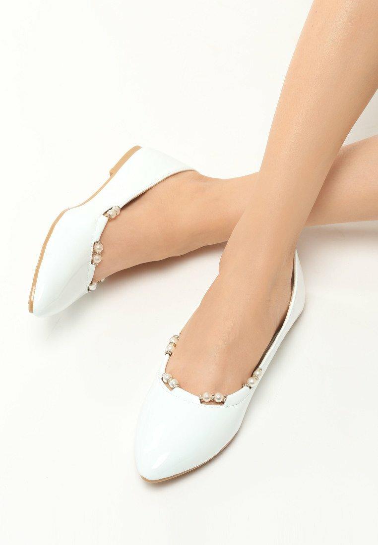 Białe Balerinki Rucori