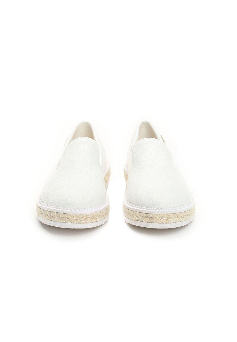 Białe Slip On Iven